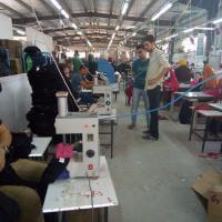 مصنع ملابس يونيفورم ( زي موحد )وملابس جاهزه