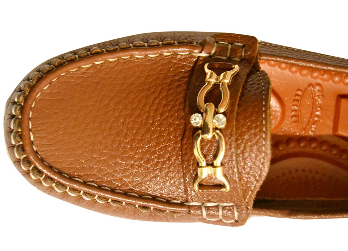 تصدير احذية Cover Image
